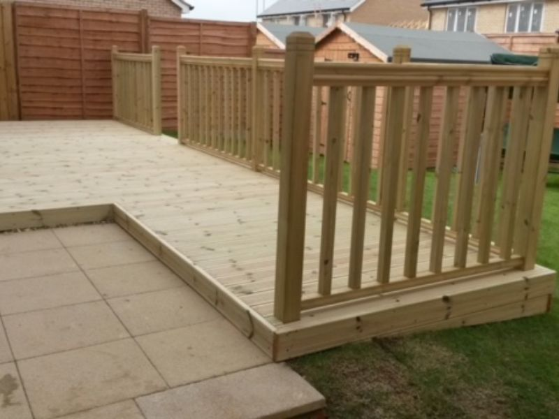 Decking Installation & Repair Northampton